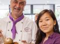 Vorschau: Koch mit einer Studentin