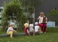 Vorschau: Erzieherin mit Kindern